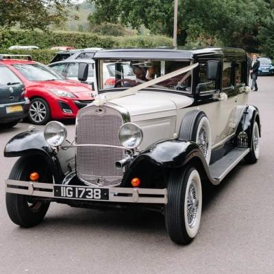Norfolk wedding photographer – wedding car