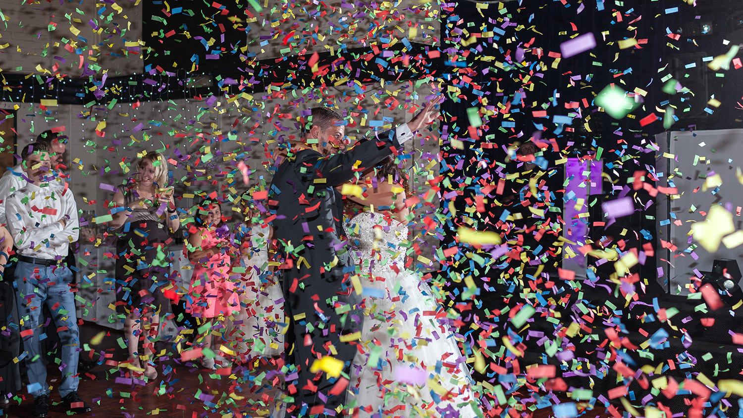 Enjoy a canon of confetti on your perfect wedding day.